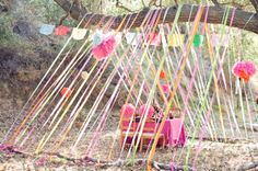 Easy and colorful outdoor party decoration ideas from Apartment Therapy. We love this idea for kids' parties. Festival Stil, Party Mottos, Festa Party, Party Party, Party Wedding, Wedding Season, Diy Wedding, Wedding Cake, Crepe Paper