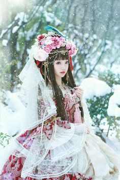 - Lolita Update by Sakura-茶 Harajuku Fashion, Kawaii Fashion, Lolita Fashion, Cute Fashion, Fashion Tips, Estilo Lolita, Lolita Cosplay, Cosplay Girls, Japanese Fashion