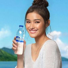 My Ex And Whys, Lisa Soberano, Filipina Actress, Enrique Gil, Fiji Water Bottle, The Way You Are, Pretty Face, Celebrity Crush, American Actress