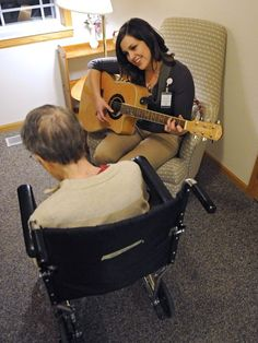 Music therapist helps others tell stories - St. Cloud Times