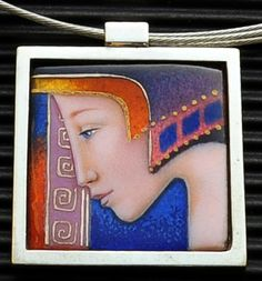 Isabel Ferrer Feliu hanger, Vierkant: Ariadna silver, enamel on copper 3,5x3,5cm exhibition jewelry with enamel in the museum for flat glass and enamel art Ravenstein