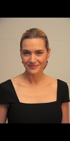 Kate Winslet, CBE. No special, professional lighting. No editing, No camera tricks. Absolute, 100% natural gorgeousness.