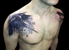 Tattoo Rabe römische Zahlen Schulter