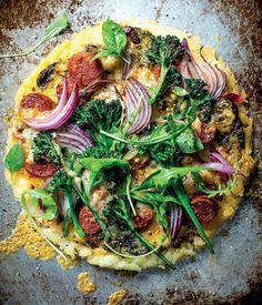 This gluten free pizza from @wwtaste looks delicious