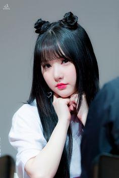 Eunha so pretty Kpop Girl Groups, Korean Girl Groups, Kpop Girls, Sana Cute, 17 Kpop, Kpop Hair, G Friend, Girl Bands, Kawaii Girl