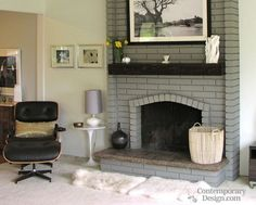Most up-to-date Photos grey Brick Fireplace Thoughts It sometimes pays to help by pass the particular redecorate! As opposed to taking out a strong obsolete brick fireplace Painted Brick Fireplaces, Grey Fireplace, Paint Fireplace, Brick Fireplace Makeover, Fireplace Remodel, Fireplace Design, Fireplace Ideas, Fireplace Kitchen, Farmhouse Fireplace