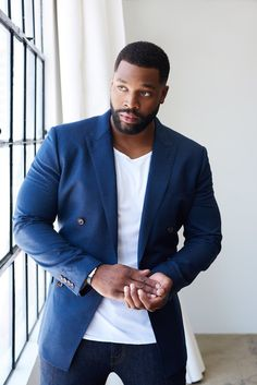 La Royce Hawkins from Chicago PD Gorgeous Black Men, Handsome Black Men, Most Beautiful Man, Hunks Men, African American Men, Fine Men, Classic Man, Good Looking Men, Stylish Men