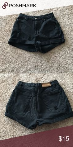 Vintage high waisted shorts The actual brand and size is liz Claiborne and the size says 4 however they fit MUCH smaller like a 0 or 1. They are not from urban but they are very urban outfitters style. I ❤️ offers! Urban Outfitters Shorts