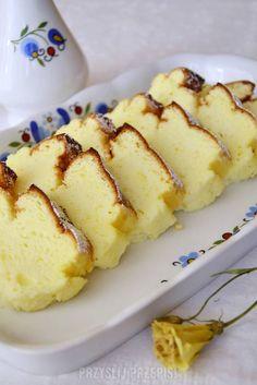 Piankowy sernik - PrzyslijPrzepis.pl Sweet Desserts, Sweet Recipes, Cake Recipes, Dessert Recipes, No Bake Desserts, Polish Desserts, Food Cakes, Cheesecake, Love Food