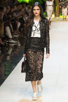 Dolce & Gabbana - Spring 2017 Ready-to-Wear Fashion Show MFW