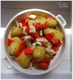 Ensalada de patatas y pollo con aderezo de eneldo