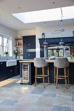 Kitchen Island Decor, Kitchen Room Design, Modern Kitchen Design, Home Decor Kitchen, Interior Design Kitchen, Home Kitchens, Open Plan Kitchen Dining Living, Open Plan Kitchen Diner, House Extension Design