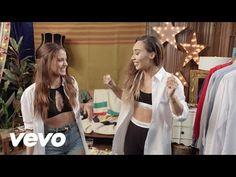 Selena Gomez - Hands To Myself (Vevo's Do It YourSelfie)