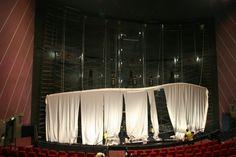 Galería de imágenes del reemplazo de una pantalla IMAX