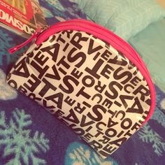 VS Logo cosmetic bag  This is a small cosmetic bag in perfect conditions never used ✅perfect for  loose change or small stuff you need to keep with you ✅ perfect size ✅ Victoria's Secret Bags Cosmetic Bags & Cases
