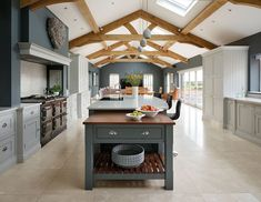 Spacious Kitchen – [pin_pinter_full_name] Spacious Kitchen Open plan kitchen, dining and lounge space. This spacious kitchen design is all about being able to cook, entertain and spend time t… Open Plan Kitchen Dining Living, Barn Kitchen, Living Room Kitchen, Home Decor Kitchen, New Kitchen, Home Kitchens, Kitchen Ideas, Long Kitchen, Family Kitchen