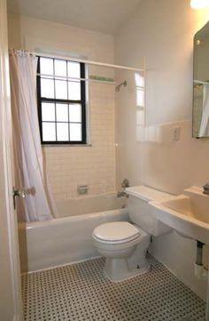 St. Louis Apartments | 6216-20 Northwood Ave, Demun, MO 63105 - 1 bedroom apartment bathroom www.barronrealty.com