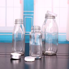 Square Shape Glass Milk Beverage Bottle with Plastic Screw Cap picture from Xuzhou Shangli Gift Co. view photo of Milk Bottle, Glass Milk Bottle, Milk Bottle.Contact China Suppliers for More Products and Price. Milk Glass, Glass Bottles, Boba Smoothie, Screw Caps, Design Packaging, Kitchen Things, Bottles And Jars, Metal Box, Bottle Design