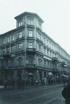 Zdjęcie numer 4 w galerii - Pałac Kultury stoi w miejscu, w którym kiedyś tętniło życie stolicy [GALERIA] Warsaw, Nostalgia, Multi Story Building, Louvre, Street View, Culture, Travel, Literatura, Historia