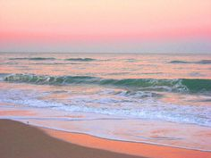 A beautiful and calm pastel sunrise