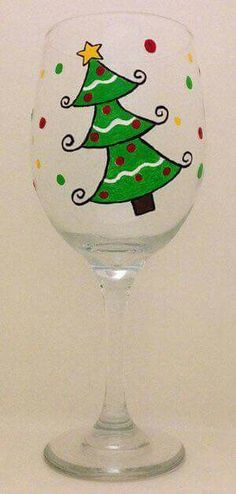 Hand Painted Christmas Glasses are great gift to send home with your Holiday guests Wine Glass Crafts, Wine Craft, Bottle Crafts, Christmas Wine Glasses, Christmas Wine Bottles, Decorated Wine Glasses, Hand Painted Wine Glasses, Wine Bottle Glasses, Wine Glass Designs