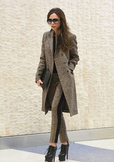 Victoria Beckham arriving at JFK (6 February 2016)
