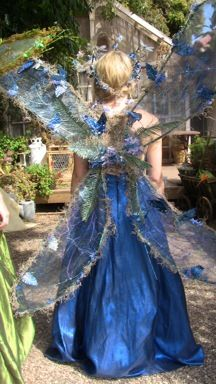 wow. would be awesome for renaissance festival.
