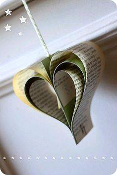 cuore natale, cuoricini di carta, progetto scrap, albero di natale, decorazione natale, addobo ecologico con carta di un libro