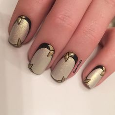 Фото база маникюра, дизайн ногтей — Страница 20 — На сайте Вы найдете идеи маникюра на любой случай и время года, а также самые модные новинки дизайна ногтей 2017 года