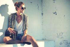 Leopard blazer - Get this look: https://www.lookmazing.com/images/view/4349