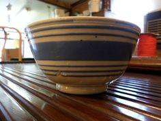 ANTIQUE BLUE SLIP BANDED MOCHAWARE BOWL