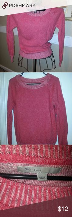 Gap pink/red sweater. Very soft and very comfortable. GAP Sweaters Crew & Scoop Necks