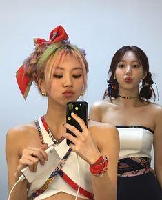 Kpop Girl Groups, Korean Girl Groups, Kpop Girls, My Girl, Cool Girl, Twice Chaeyoung, Twice Tzuyu, Rapper, Warner Music