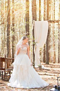 bridal dress by Watters Bridal @weddingchicks