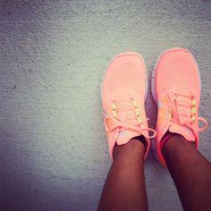 www.cheapshoeshub com , nike free run shoes outlet, cheap discount nike free shoes, wholesale nike free, cheap free run