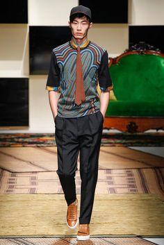 See the complete Salvatore Ferragamo Spring 2016 Menswear collection.