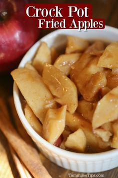 Seriously delicious and oh so easy Crock Pot Fried Apples Recipe! Make your own copy cat Cracker Barrel Fried Apples at home in the slow cooker. Crockpot Fried Apples, Stewed Apples Recipe, Fall Crockpot Recipes, Apple Recipes Easy, Slow Cooker Apples, Cooked Apples, Crock Pot Baked Apples Recipe, Easy Baked Apples, Cooking