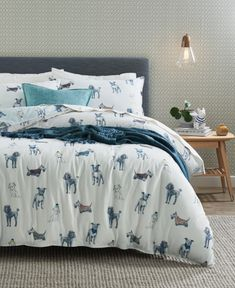 Enjoy the natural warmth of flannelette this winter with the Winter Dogs flannelette quilt cover set. Adorable, hand-drawn dogs are dressed for winter weather, adorned in coats, beanies and scarves, as they prepare to set out on their next adventure. Bedroom Retreat, Bedroom Inspo, Bedroom Ideas, Double Quilt, Single Quilt, Bed Linen Design, Quilt Cover Sets, Queen Quilt, Cozy Place