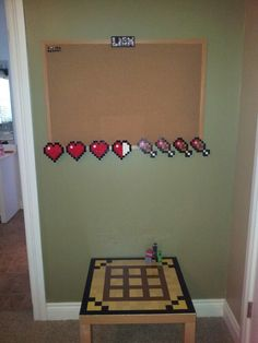 it'd be cool to make a HUD cork board. and include a hotbar too!