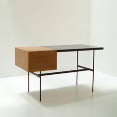 :: Pierre Paulin CM141 Desk designed in 1953 for Thonet, France ::