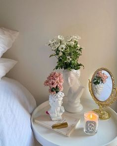 Dream Rooms, Dream Bedroom, Room Ideas Bedroom, Bedroom Decor, Bedroom Inspo, Bedroom Bed, Room Goals, Dream Apartment, Studio Apartment Living