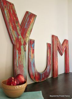 YUM!  How To Make Vintage Inspired Letters  http://bec4-beyondthepicketfence.blogspot.com/2014/08/yum-how-to-make-vintage-inspired-letters.html