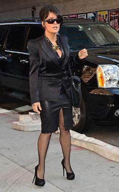 Lovely Ladies in Leather: Salma Hayek wearing a leather pencil skirt Salma Hayek, Platform High Heels, Black High Heels, Nylons, Sexy Skirt, Ootd, Dress And Heels, Dress Shoes, Classy Dress