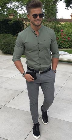 pozo – Inspiration im Sommerstil mit einem Antonio Covelo.pozo - Inspiration im Sommerstil mit einem .pozo - Inspiration im Sommerstil mit einem . Trendy Mens Fashion, Stylish Mens Outfits, Mens Fashion Suits, Fashion For Short Men, Men Summer Fashion, Tall Men Fashion, Fashion Mode, Guy Fashion, Mens Fashion Blog