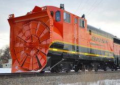 Giant Snow Blower Train - wordlessTech