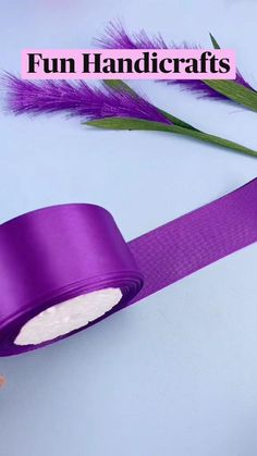 Diy Crafts For Girls, Diy Crafts To Do, Creative Crafts, Making Fabric Flowers, Paper Flowers Craft, Diy Unique Birthday Gifts, Ribbon Crafts, Paper Crafts, Straw Crafts
