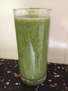Groentesappen zijn hot! En super gezond!Waarom? Omdat groenten boordevol vitaminen, vezels en mineralen zitten! En zoals we allemaal geleerd hebben op school is het binnenkrijgen van voldoende goe…