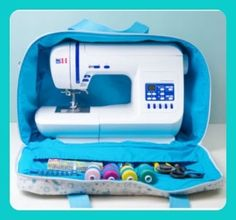 """Most recent Photographs Free sewing pattern: sewing machine bag """"Sarah"""" Easy Sewing Patterns, Bag Patterns To Sew, Easy Sewing Projects, Sewing Projects For Beginners, Knitting For Beginners, Vintage Sewing Patterns, Knitting Projects, Sewing Hacks, Pattern Sewing"""