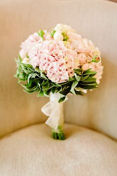 Photography: Facibeni Fotografia - www.photographertuscany.com/  Read More: http://www.stylemepretty.com/destination-weddings/2015/04/29/romantic-tuscany-villa-elopement/