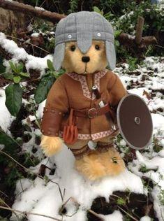 Ragnar the Viking by Bumble Bears Bear Design, Victorian Women, Ragnar, Applique Designs, Vikings, Doll Clothes, Plush, Teddy Bears, Toys